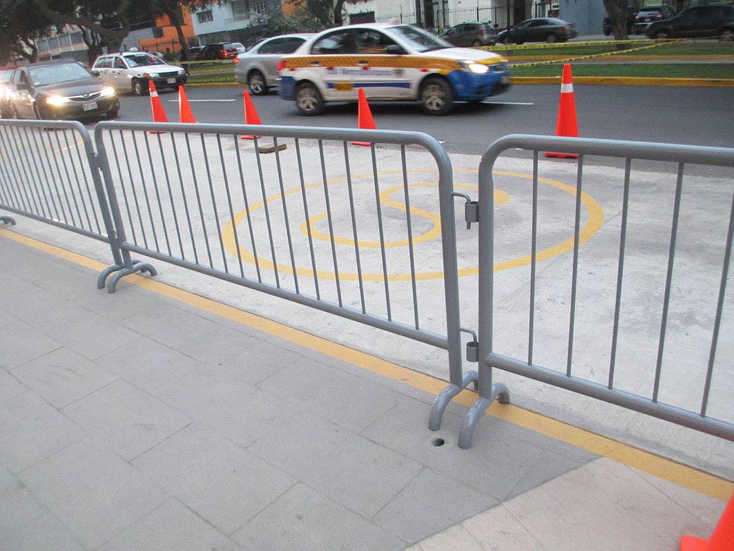 Ordenadores de fila hamilton steel srl - Valla de seguridad ...