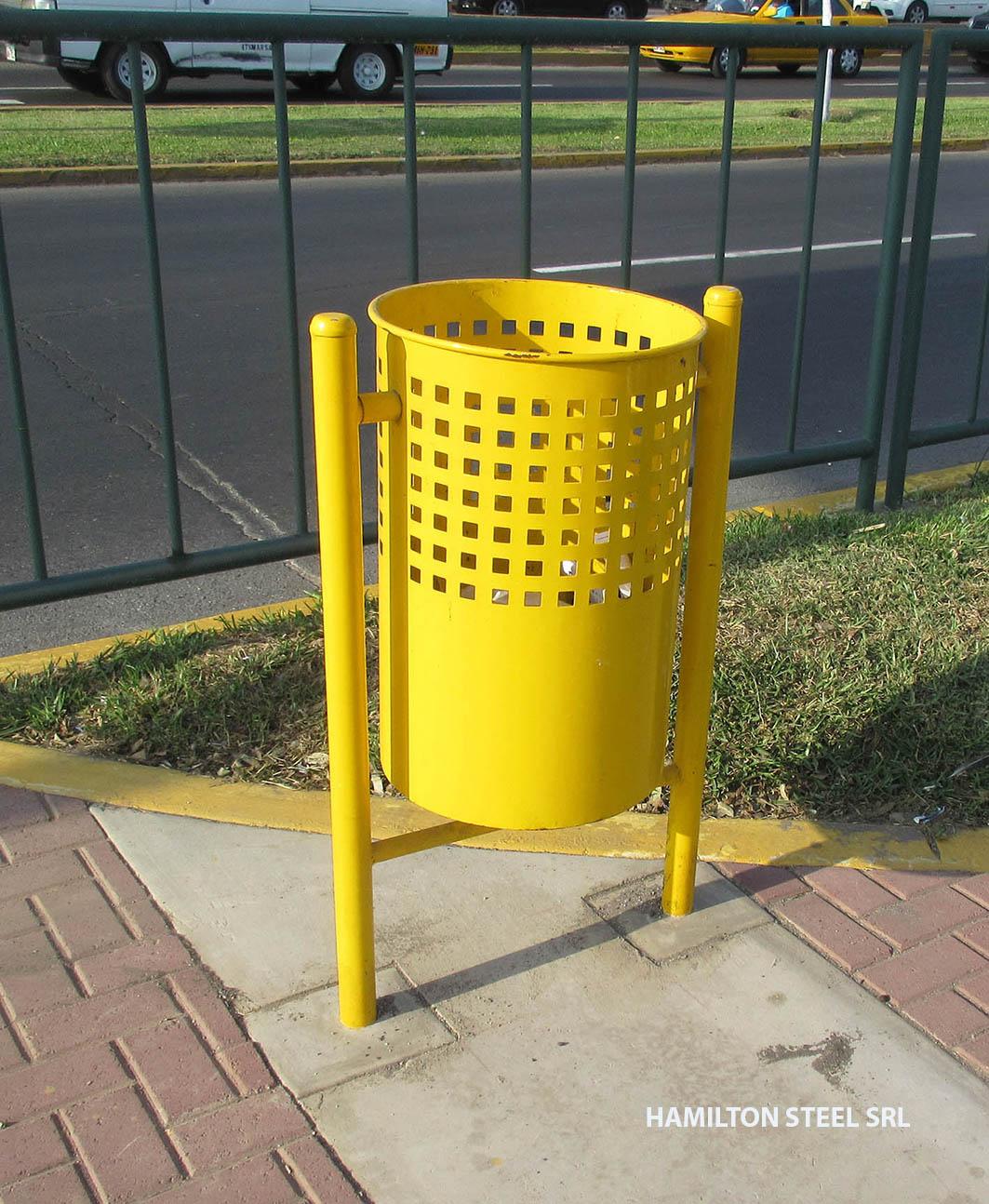 Tachos para parques hamilton steel srl for Animales de plastico para jardin